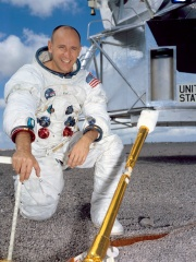 Photo of Alan Bean