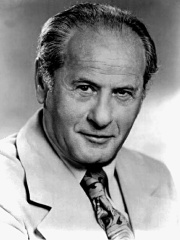 Photo of Eli Wallach