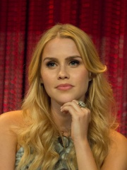 Photo of Claire Holt
