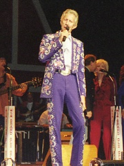 Photo of Porter Wagoner