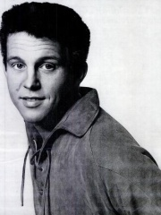 Photo of Bobby Vinton