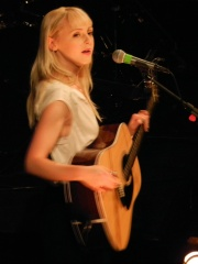 Photo of Laura Marling