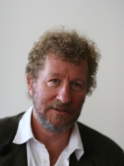 Photo of Sebastian Faulks