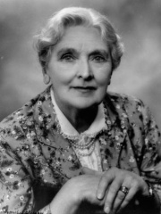 Photo of Sybil Thorndike