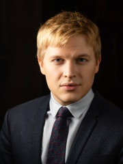 Photo of Ronan Farrow