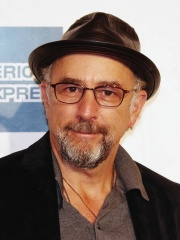 Photo of Richard Schiff