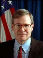 Photo of Stephen Hadley