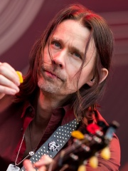 Photo of Myles Kennedy