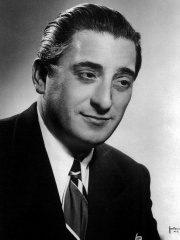 Photo of Jan Peerce