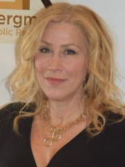 Photo of Lisa Ann Walter