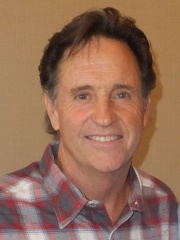 Photo of Robert Hays