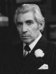Photo of Frank Finlay