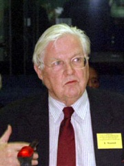 Photo of Robert Mundell