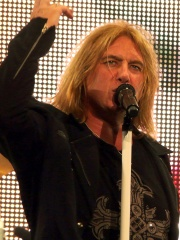 Photo of Joe Elliott