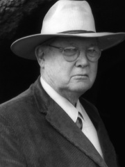 Photo of Erle Stanley Gardner
