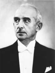 Photo of İsmet İnönü