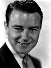 Photo of Lew Ayres