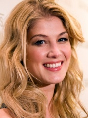 Photo of Rosamund Pike