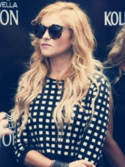 Photo of Paulina Rubio
