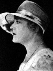 Photo of Louise Dresser