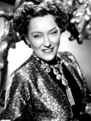 Photo of Gloria Swanson