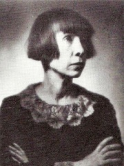 Photo of Alma Karlin