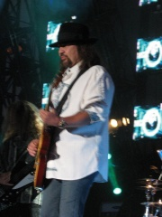 Photo of Gary Rossington
