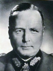 Photo of Hans-Valentin Hube