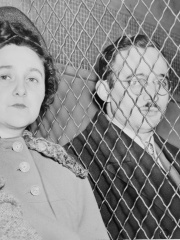 Photo of Julius and Ethel Rosenberg