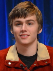 Photo of Miles Heizer