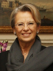 Photo of Michèle Alliot-Marie