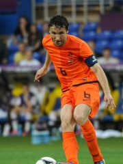 Photo of Mark van Bommel