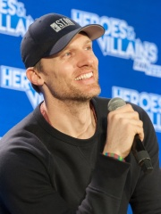 Photo of Teddy Sears