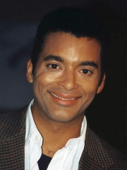 Photo of Jon Secada
