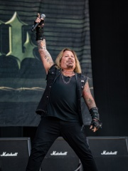 Photo of Vince Neil