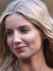 Photo of Annabelle Wallis