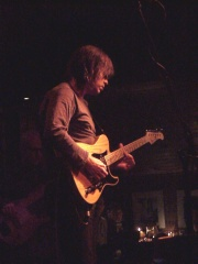 Photo of Mike Stern