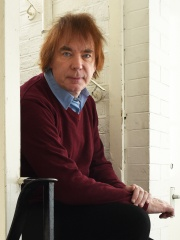 Photo of Julian Lloyd Webber
