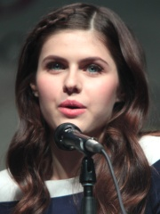 Photo of Alexandra Daddario