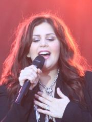 Photo of Hillary Scott