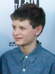Photo of Charlie Tahan