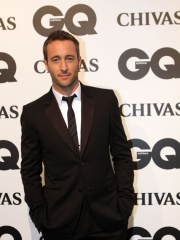 Photo of Alex O'Loughlin
