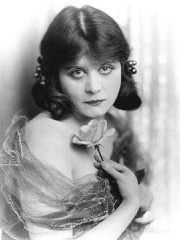 Photo of Theda Bara