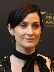 Photo of Carrie-Anne Moss
