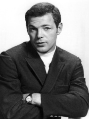 Photo of James MacArthur