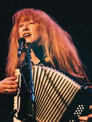 Photo of Loreena McKennitt
