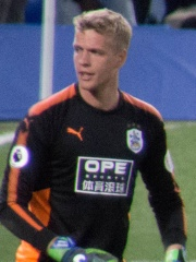 Photo of Jonas Lössl