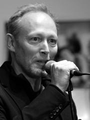 Photo of Lars Mikkelsen