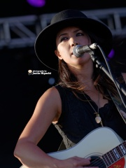 Photo of Michelle Branch