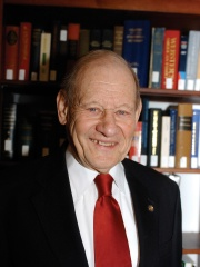 Photo of Paul Kurtz